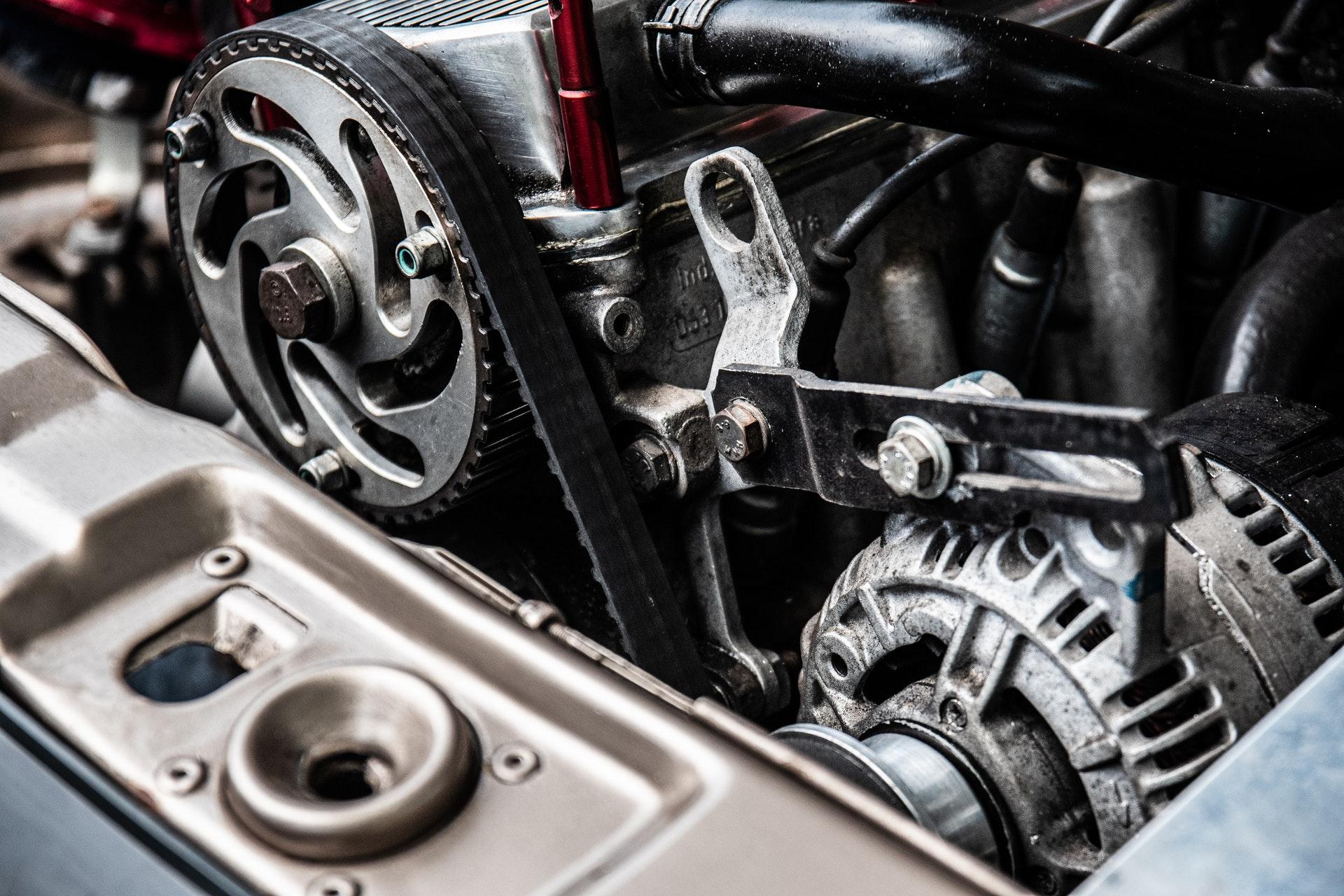 Motor abierto al que le han realizado un aumento de potencia