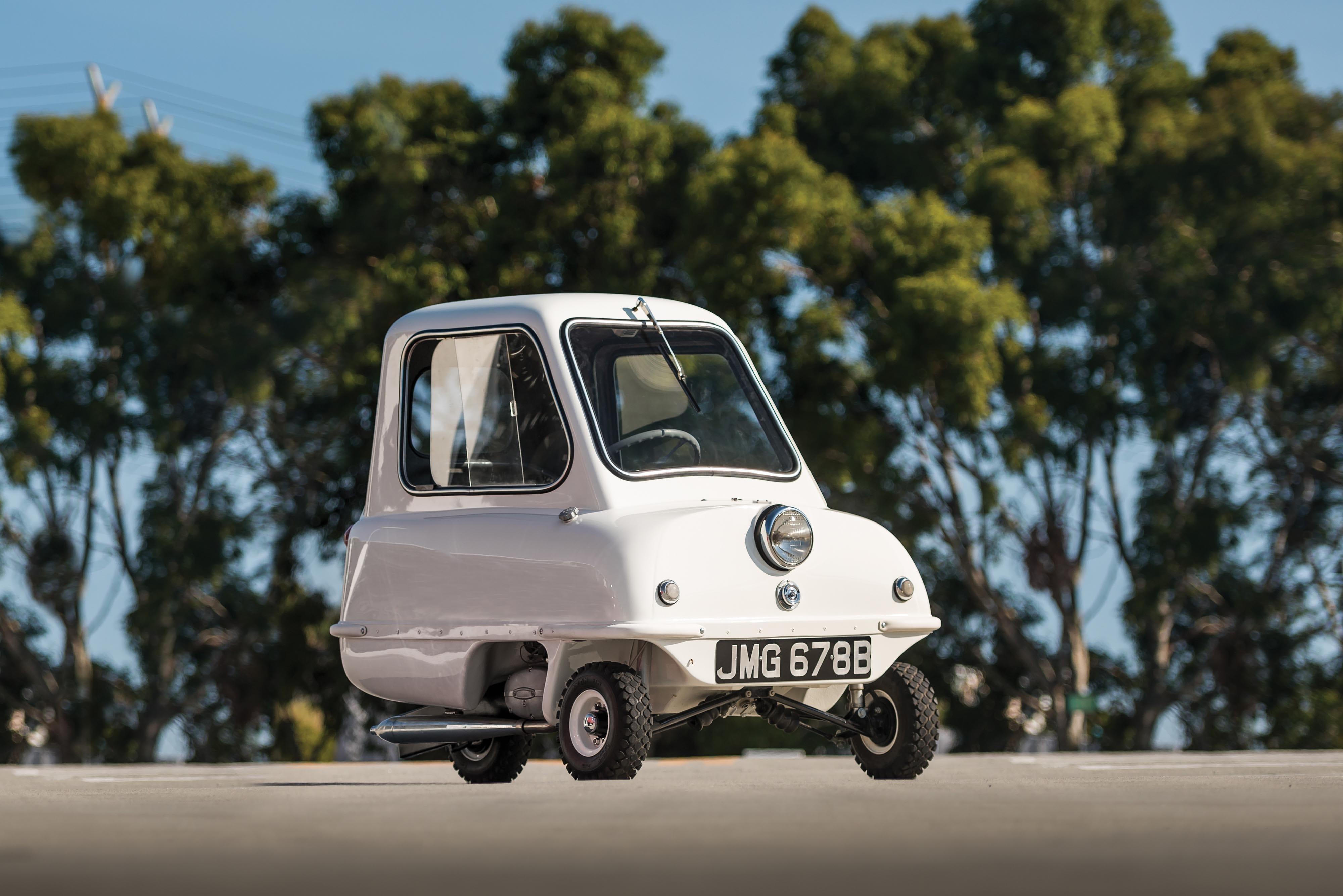 Un Peel P50 blanco, el coche más pequeño del mundo