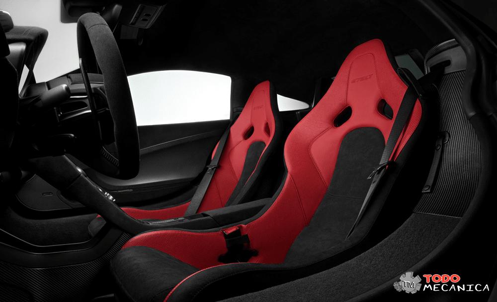 Asientos de los pasajeros del McLaren 675LT