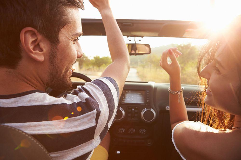 Si conduces con tu música para conducir favorita, tus trayectos serán más confortables y amenos.