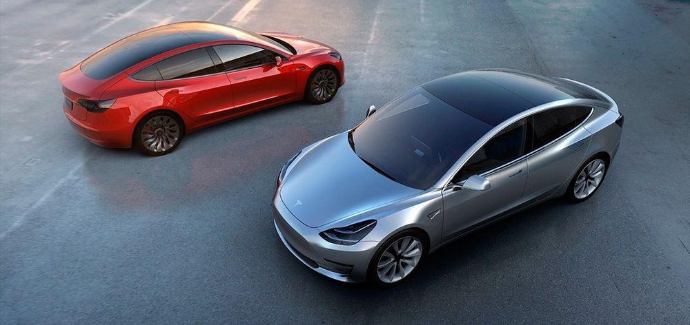 dos perspectivas distintas del Tesla Model 3