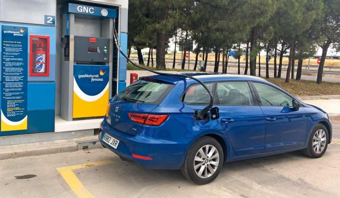Resultado de imagen de imagenes de coches que funcionan con gas natural